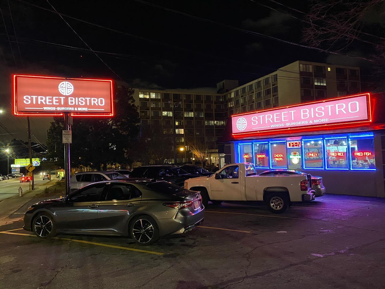 Street Bistro Neon
